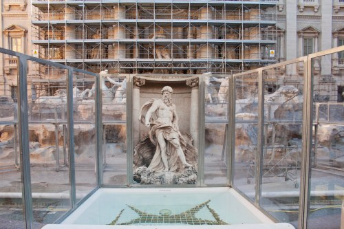 Trevi Fountain: Where to Toss A Coin