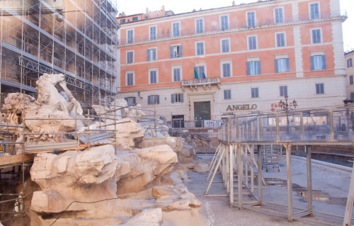 Trevi Fountain Suspended Walkway