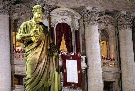 pope-356341_1280