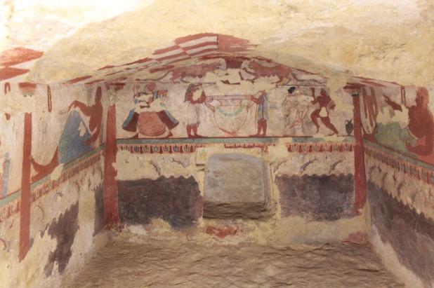 Tomba delle Leonese  - Monterozzi Etruscan Necropolis, Tarquinia (with RomeCabs)
