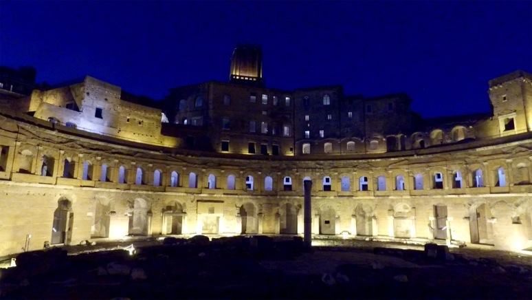 Rome at Night Tour - TRAJAN'S MARKET (RomeCabs Rome Tours)